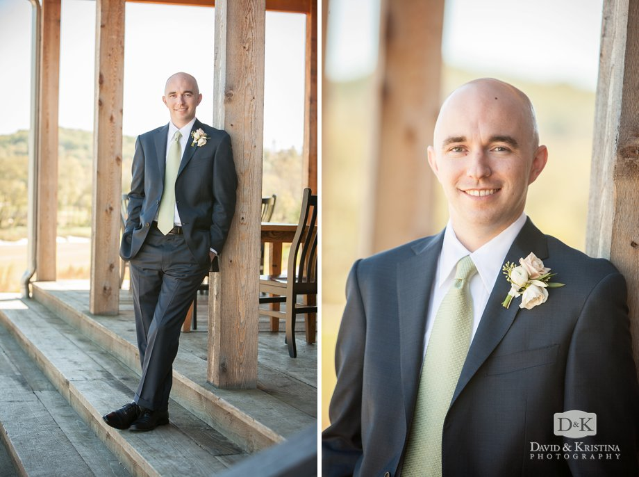 Groom portrait at Cliffs at Mountain Park Cabin