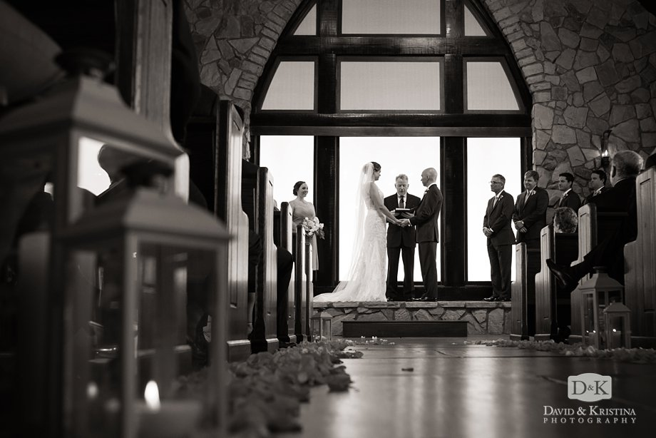 Charlie and Leiah are married in the iconic Cliffs Glassy Mountain Chapel