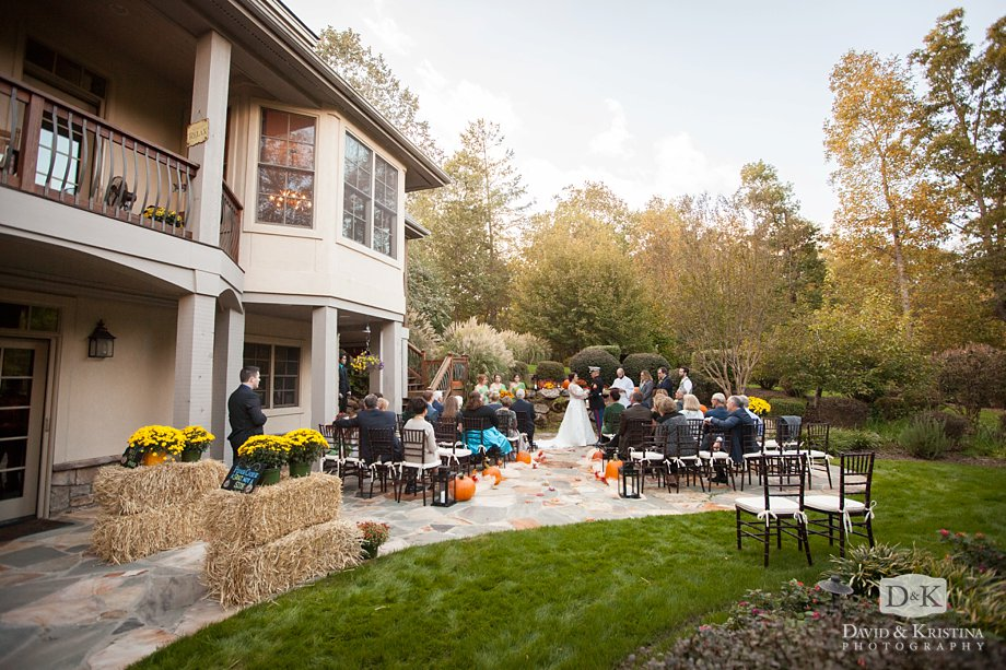 Backyard wedding in the Cliffs Valley Community