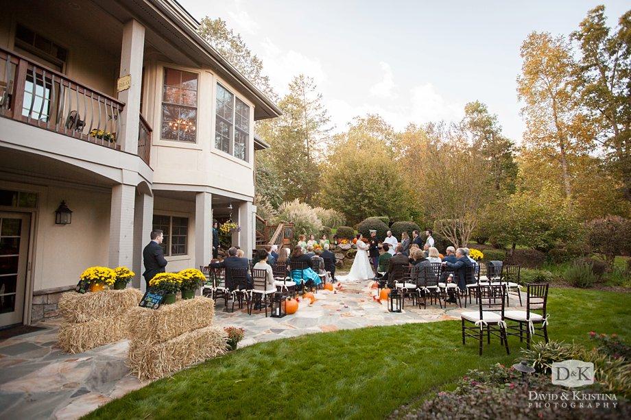 Backyard wedding in the Cliffs Valley Community