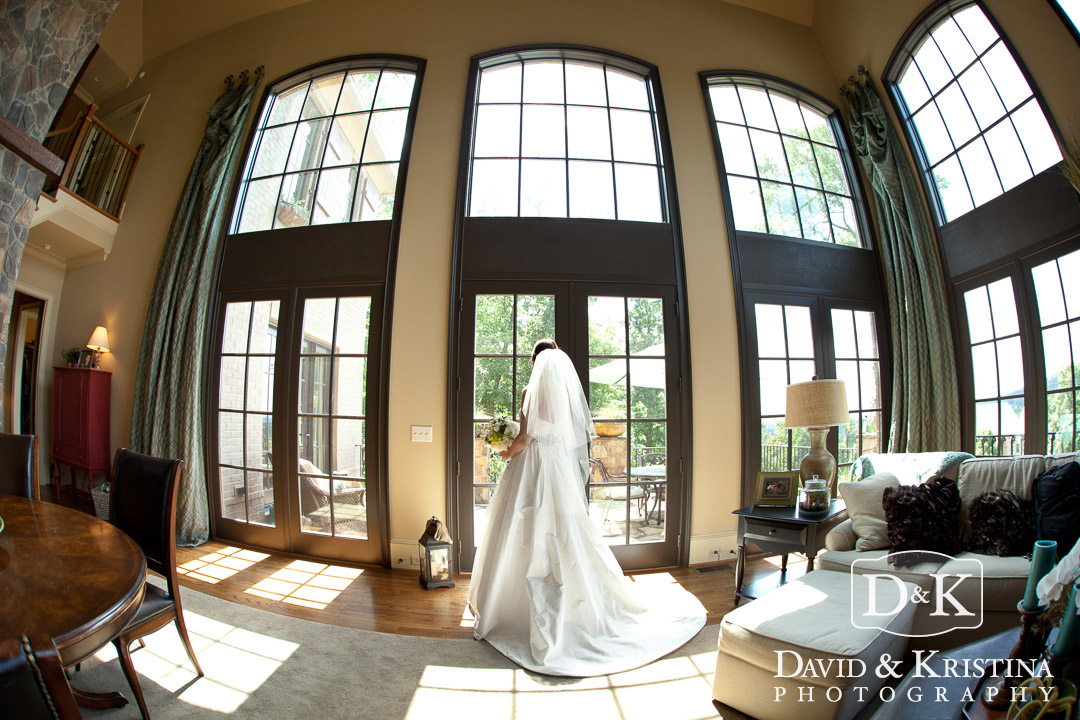 private residence for bride to get ready before wedding