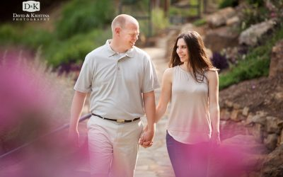 Logan & Lindsey – Engagement pictures at The Old Cigar Warehouse and Falls Park