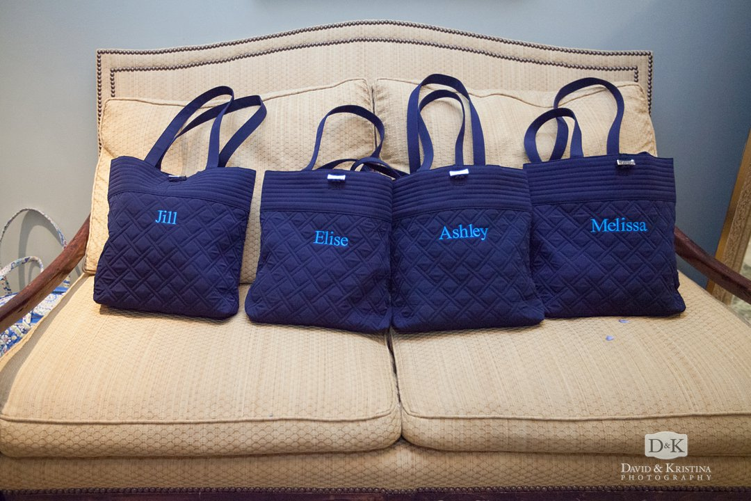personalized Vera Bradley bags for bridesmaids' gifts