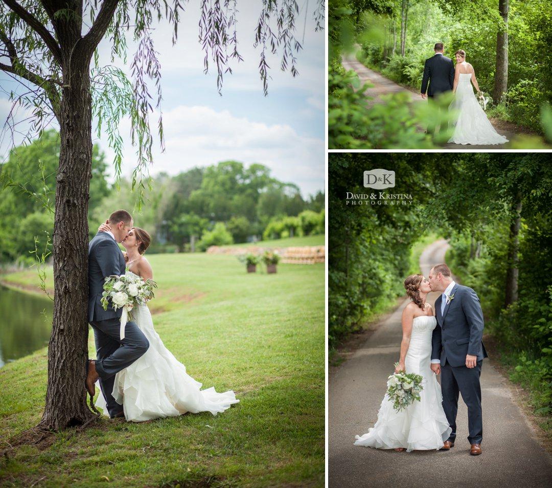 wedding photos at Greenbrier Farms