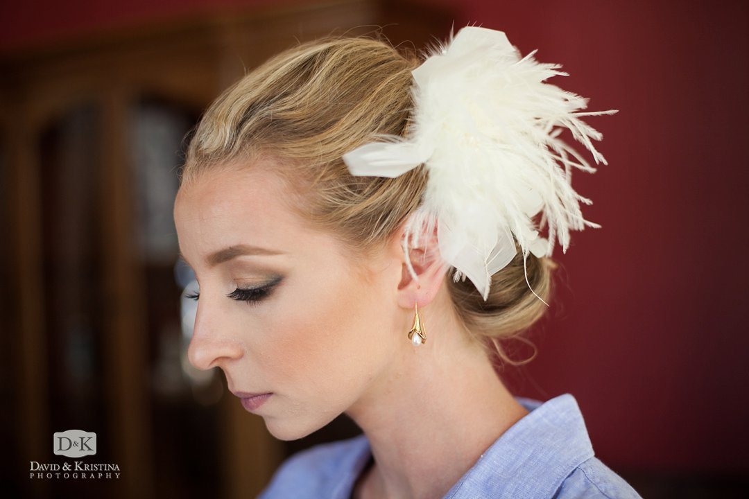bride's Gatsby style hair piece