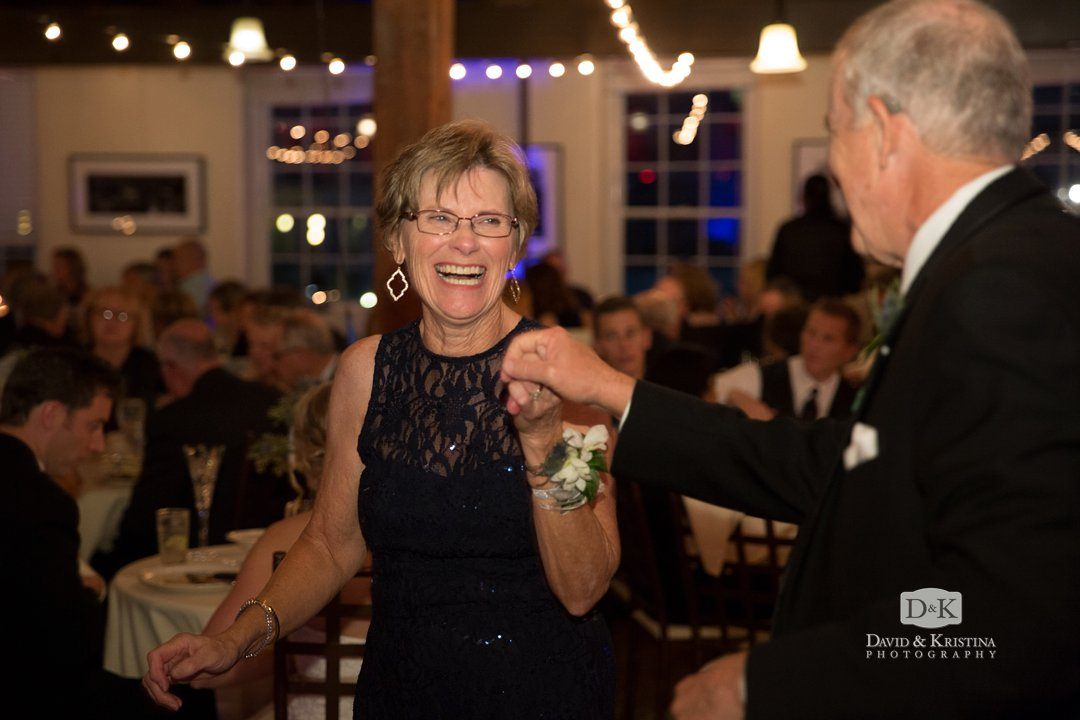 groom's parents dancing