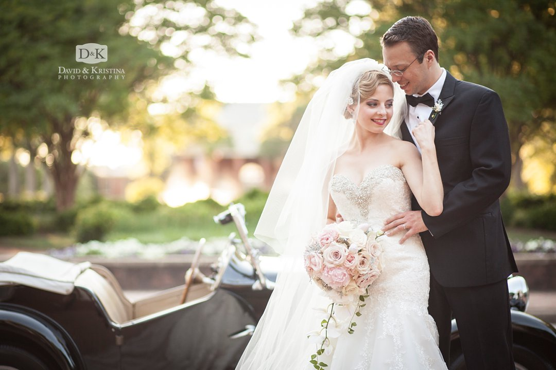 bride and groom with antique car 1950 MG